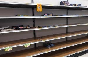 Κοροναϊός: Σκηνές χάους στην Ιταλία – Αδειάζουν τα ράφια των σούπερ μάρκετ