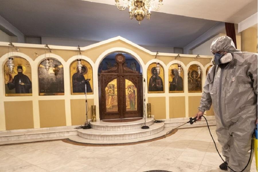 Κορωνοϊός: Ολόκληρη η απόφαση για τις εκκλησίες — Ένας πιστός ανά 10 τ.μ.