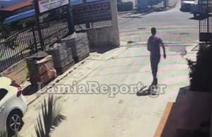 Λαμία: Kάμερα κατέγραψε τροχαίο με μηχανάκι (βίντεο)