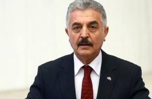 Παραλήρημα τούρκου εθνικιστή κατά Ελλήνων: «Ίσως χρειαστεί να κολυμπήσετε μέχρι τη Σικελία»