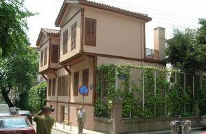 Η «Ελληνική Λύση» προτείνει να μετατραπεί η οικία του Μουσταφά Κεμάλ σε μουσείο για την Γενοκτονία των Ελλήνων του Πόντου