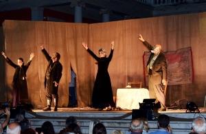 Ράγισαν καρδιές στην πρεμιέρα του «ΝΟΣΤΟΣ, ρίζα μ' και κλαδί μ´» στην Καλαμαριά Θεσσαλονίκης