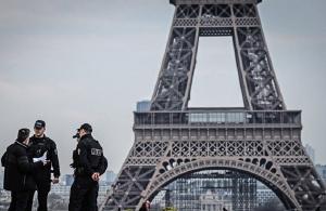 Γαλλία: Εκκενώθηκε ο Πύργος του Άιφελ