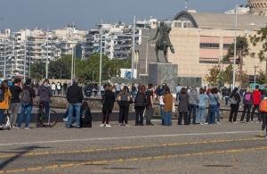 Κορωνοϊός: Πλήρες lockdown σε Θεσσαλονίκη και Σέρρες