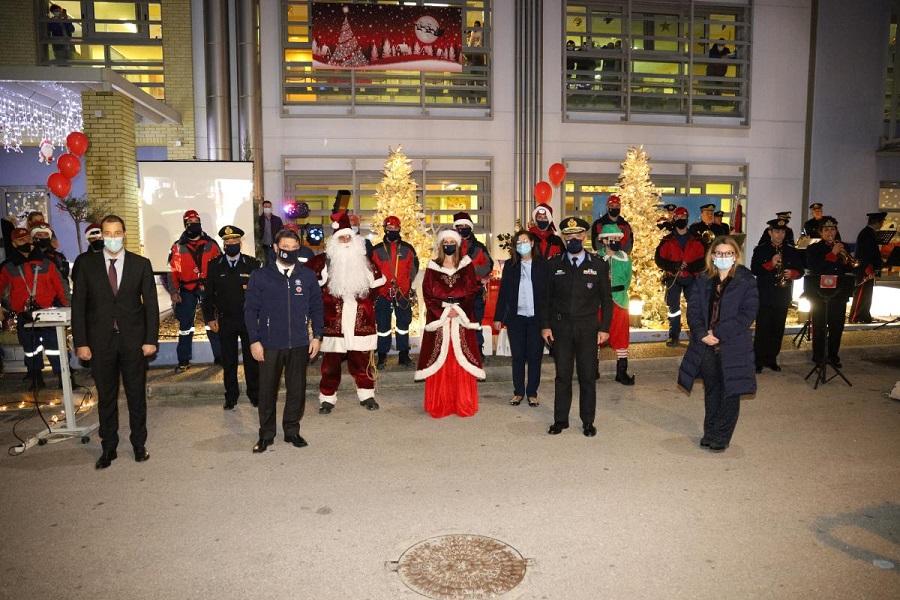 Χριστουγεννιάτικη εκδήλωση, στον προαύλιο χώρο της Ογκολογικής Μονάδας Παίδων «Μαριάννα Β. Βαρδινογιάννη-Ελπίδα»