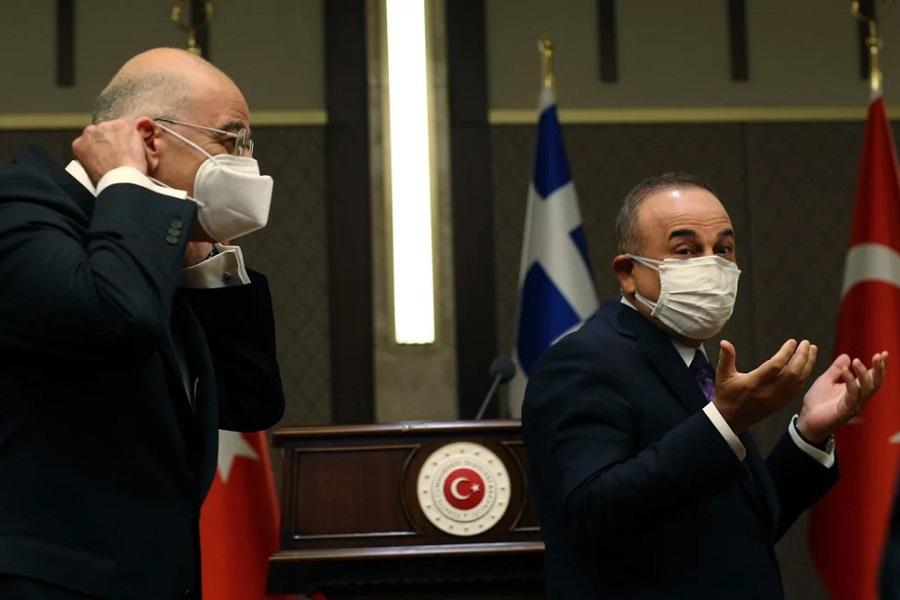 «Τα έσπασαν» on air Δένδιας-Τσαβούσογλου — Αποθέωση στο Twitter για τον Έλληνα ΥπΕξ