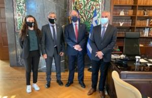 Θα φωταγωγηθεί και φέτος η Βουλή των Ελλήνων ανήμερα της 19ης Μαΐου