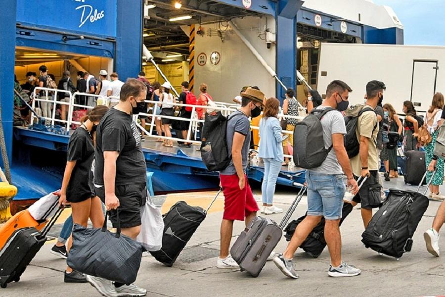 Μετακινήσεις στα νησιά: Από τις 5 Ιουλίου δεν θα ισχύουν τα self test