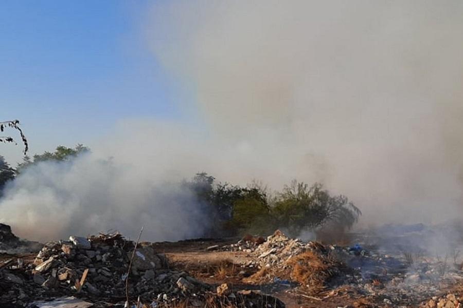 Φωτιά στον Ελαιώνα: Πυρκαγιά κοντά στο hot spot μεταναστών