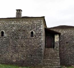 Οικία Λάμπρου Τζαβέλα: «Ξανακάπνισε» καμινάδα στο Σούλι μετά από 218 χρόνια