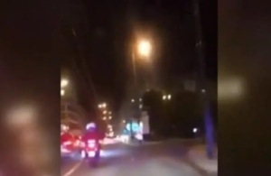 Viral βίντεο από περιπολικό: Έκαναν 4 λεπτά από Κολωνό στο Παίδων για να σώσουν ένα παιδί